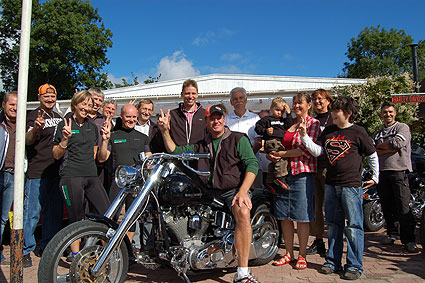 James Cain visit Danish Custom Motorcycle Shop